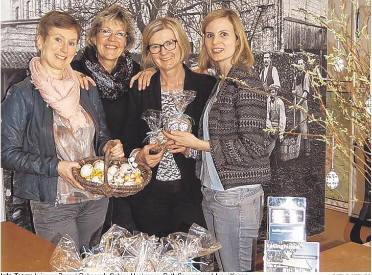 Info-Team: Anja von Possel-Bohnsack, Sabine Heckmann, Ruth Sarpong und Jenni Knapp. Foto: Tietje-Räther